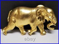 Large Vintage Signed DOREEN RYAN 1994 Matte Gold Tone ELEPHANT Belt Buckle 4