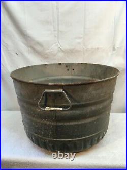 Rare Vtg Bushel Basket Large Wash Tub Galvanized Metal Primitive Farm Planter